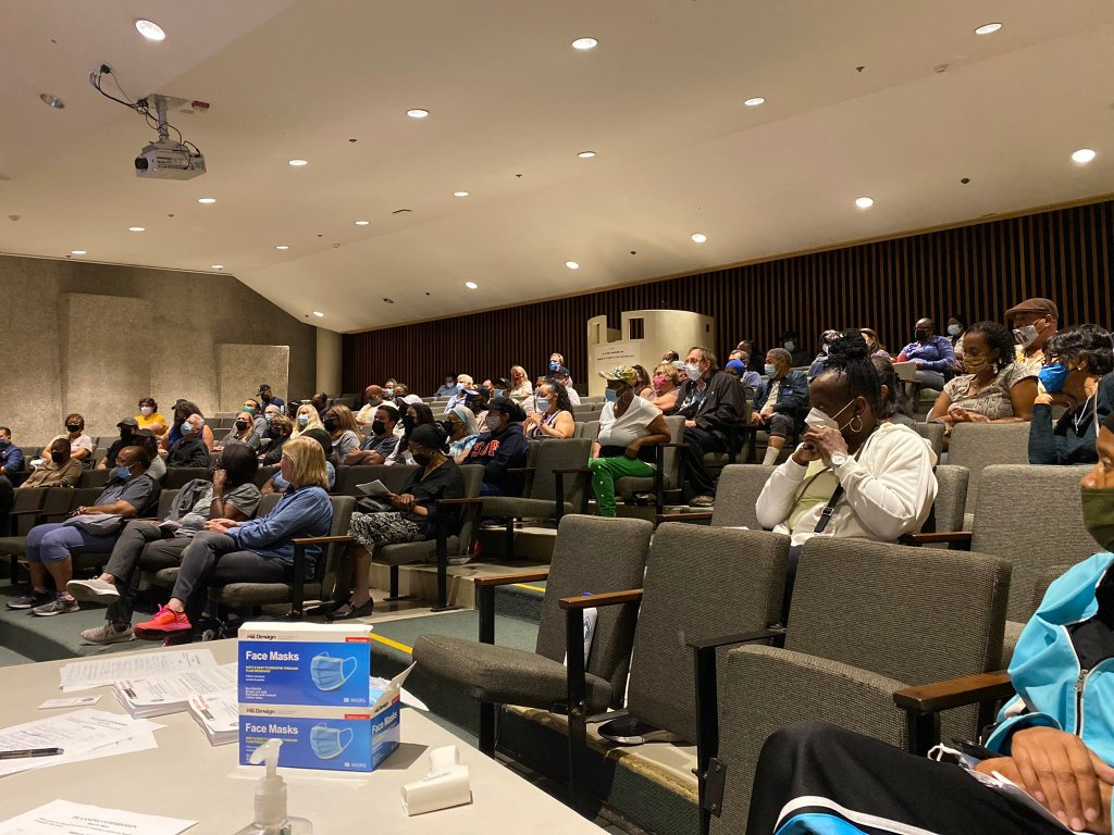 Inglewood residents assemble in the Gladys Waddingham Lecture Hall to voice concern over proposed zoning changes. (Credit: 2UrbanGirls)