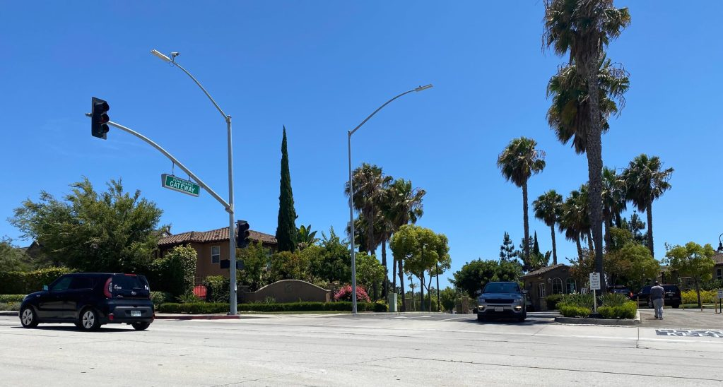 Entrance to the Renaissance gated community where Councilwoman Dionne Faulk is a resident. (Credit: 2UrbanGirls)