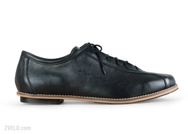 2velo-vintage-style-cycling-shoes-black