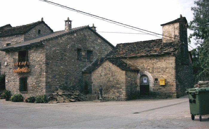 La Iglesia de Margudgued en 2003