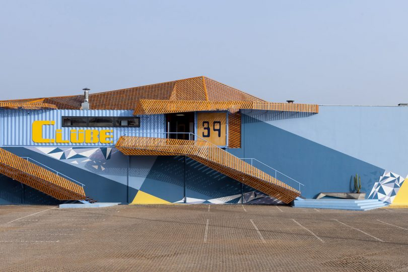 Yaroslav Galant Designs a Rooftop Structure Made From Shipping Containers