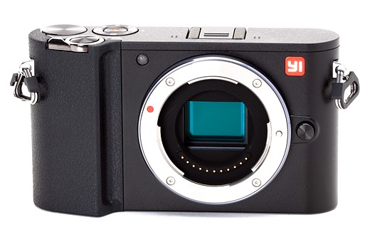 The YI M1 features an all-metal lens mount and a 20MP CMOS sensor.