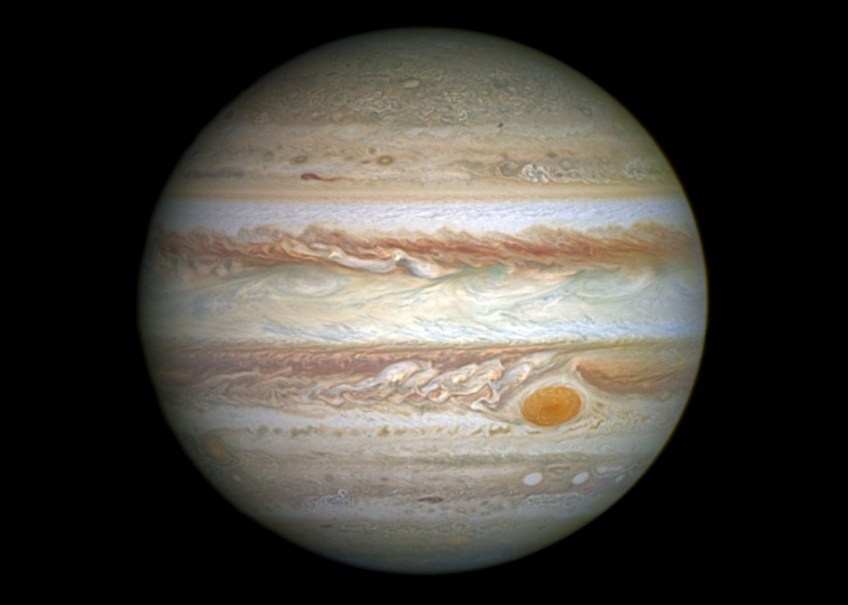 A dedicated amateur astronomer in Brazil caught an object hitting Jupiter's surface