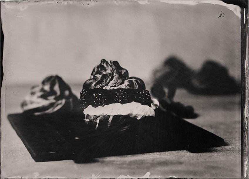 Using wet-plate collodion photography process for high-end food photography