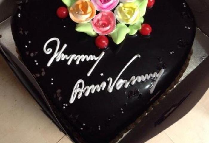 Noida Cakes Online Noida Manufacturer Of Anniversary Cake And Car
