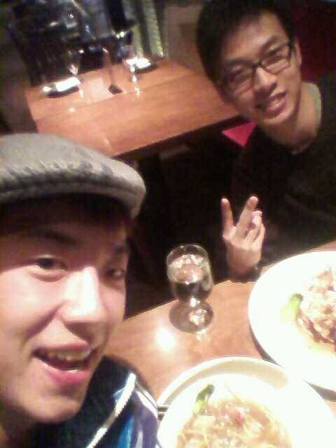 110117 Wooyoung's Twitter  Dinner w. @ianchoe 왤케빨리가냐ㅠ Dinner w. @ianchoe Why are you leaving so earlyㅠ