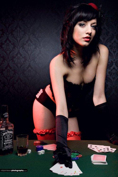 Sexo para parejas - poker erótico