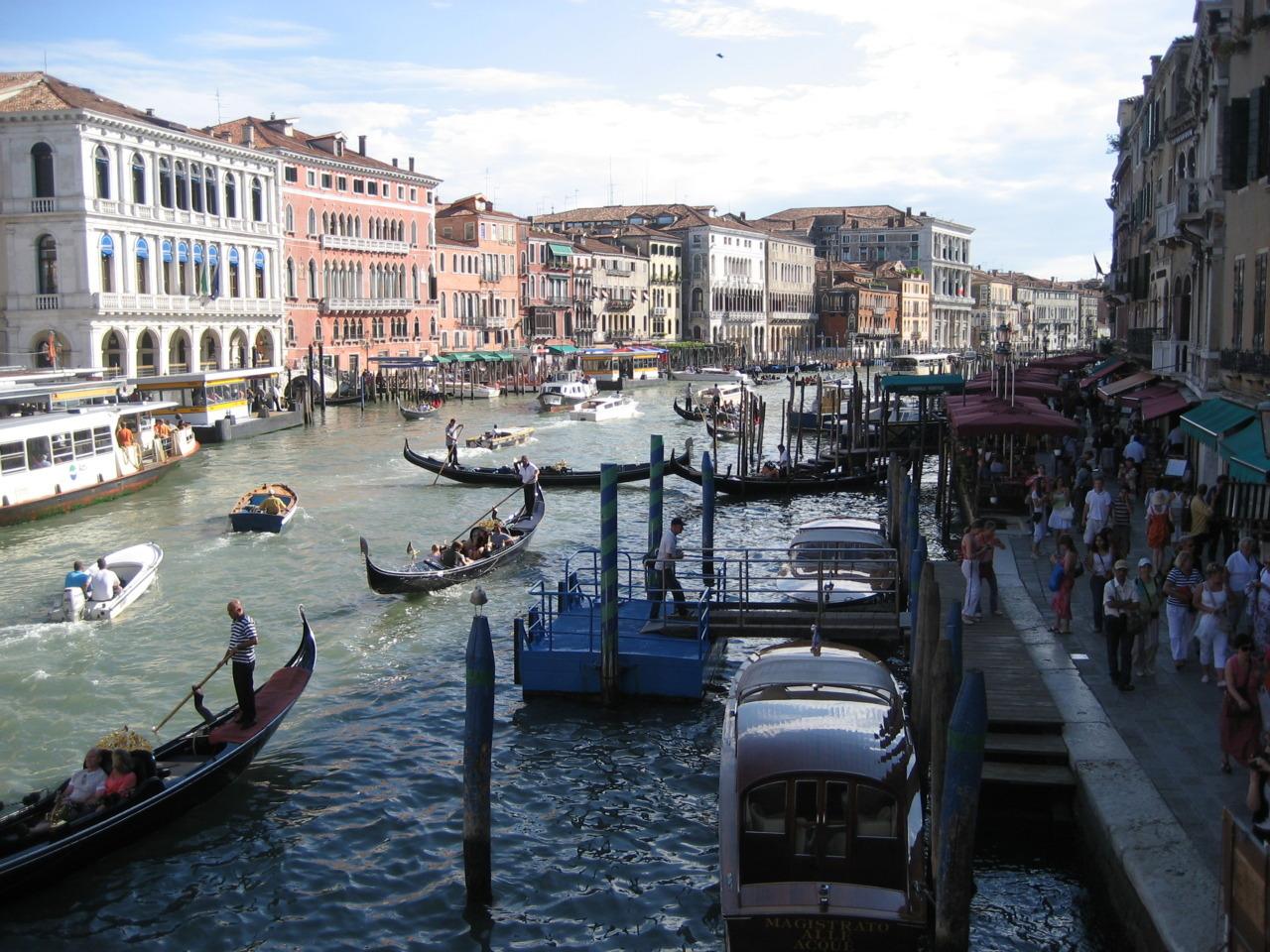 italy venice gondola pic