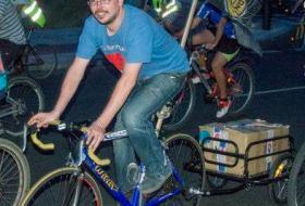 Fotografía de Victor Cangas Urdampilleta, iniciador de 30 Días en Bici en León (CyL)
