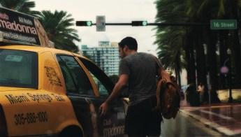 guy_taxi_miami