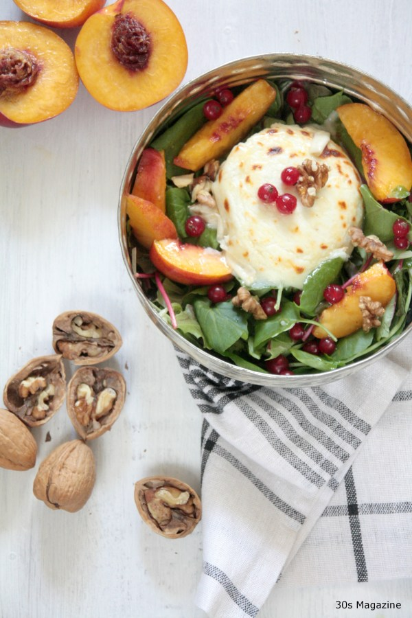 peach and goatcheese salad