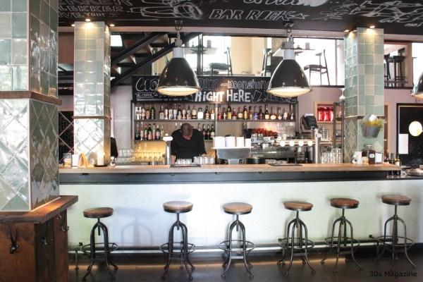 cityhall Leiden bar