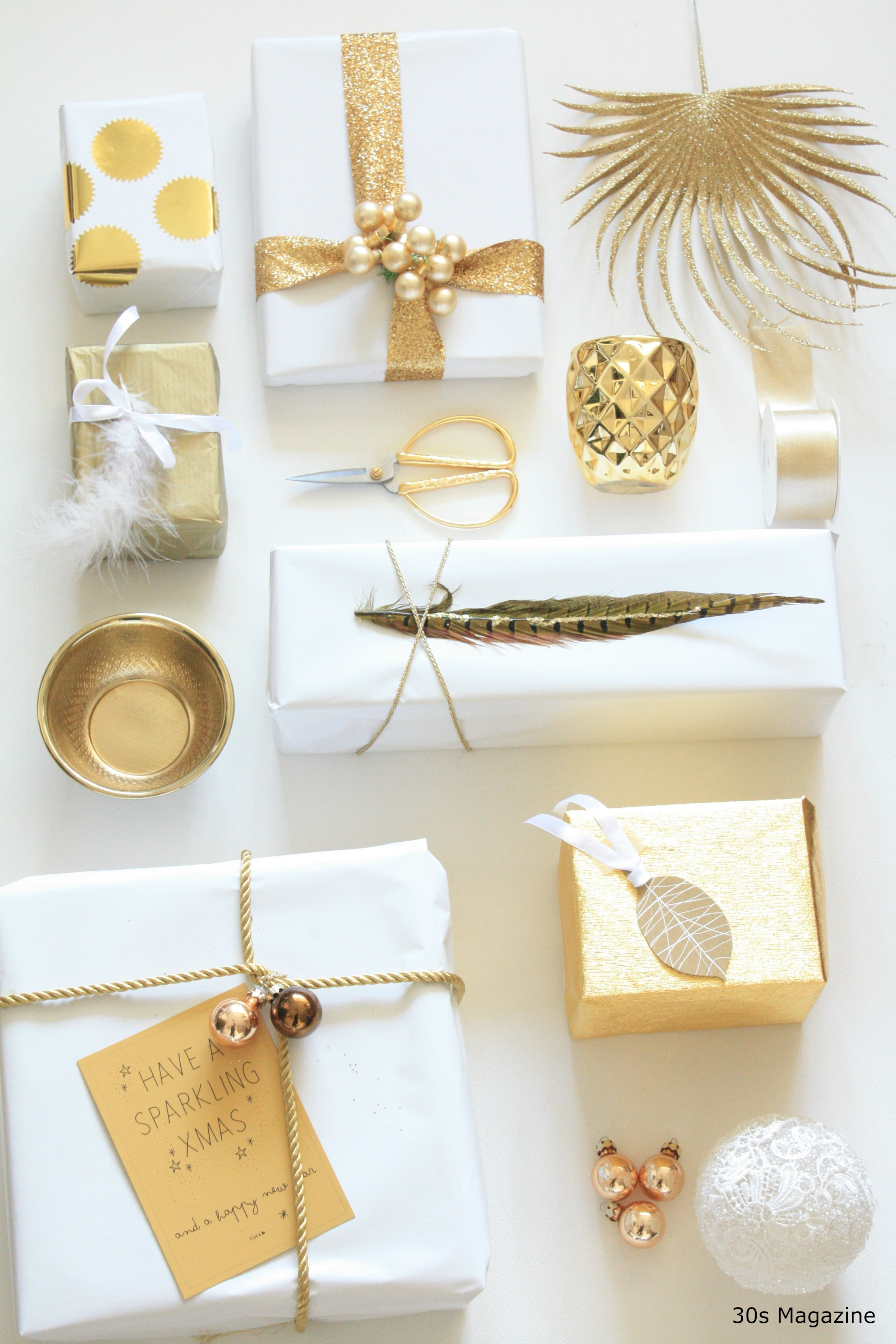 Gift Wrapping in white and gold – 30s Magazine