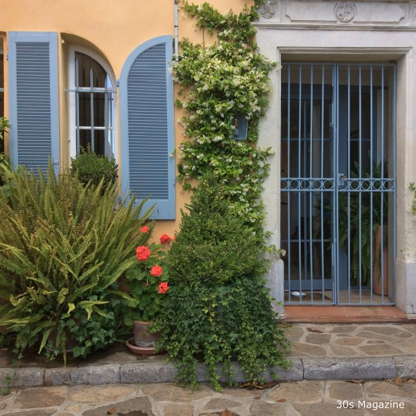 Bormes-les-Mimosas - copyrighted 30s Magazine-7787
