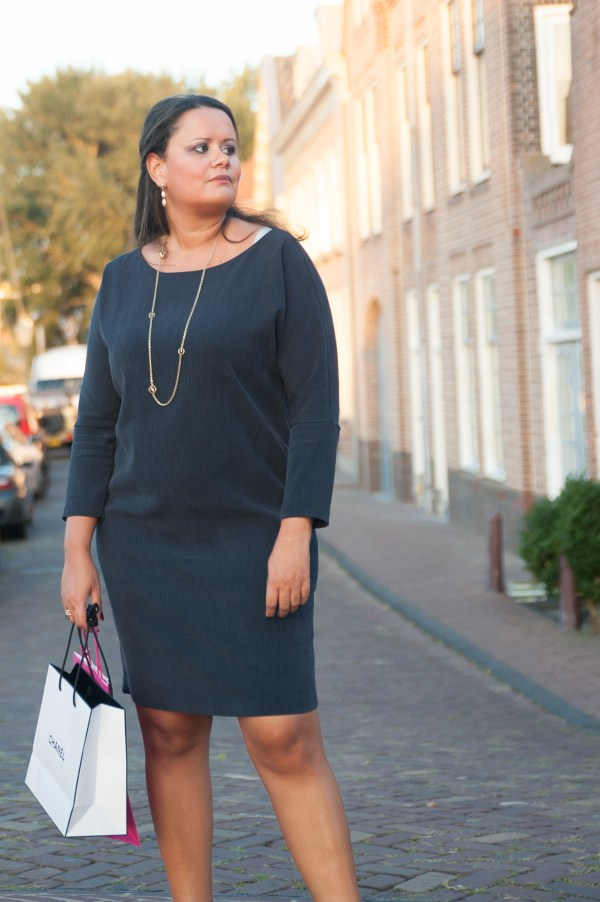 casual-friday-dress-copyright-30s-magazine-2369
