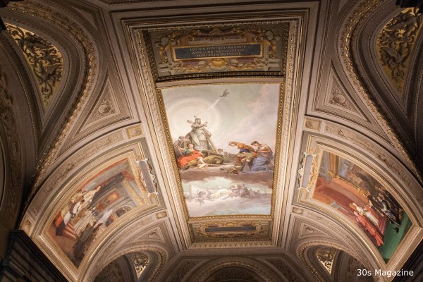 ceiling at The Pio-Clementino (classic antiquities)