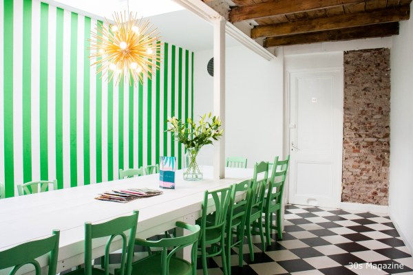 green striped wall at Cafe Martinus Haarlem