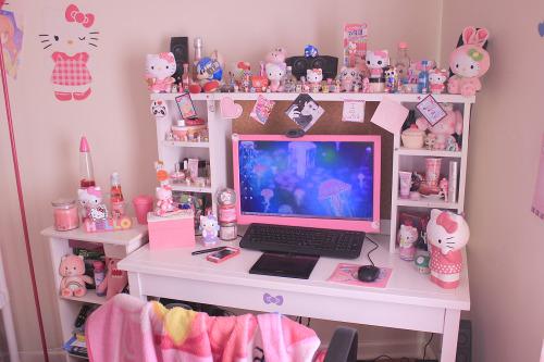 Mine Pastel Hello Kitty My Room Kitty Cheeks Kitty Cheeks