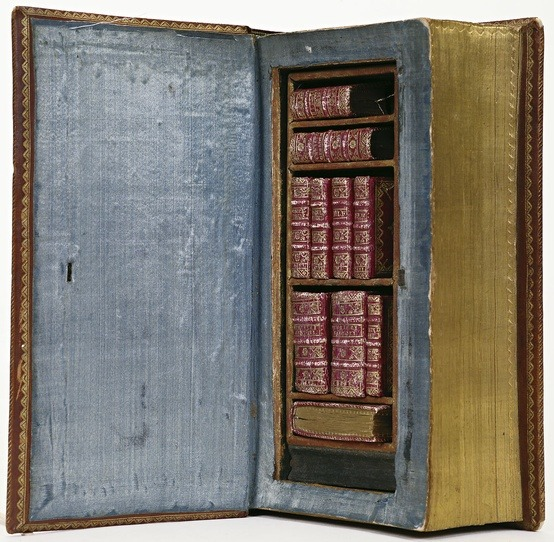 1757 leatherbound case for miniature books care of National Library of the Netherlands