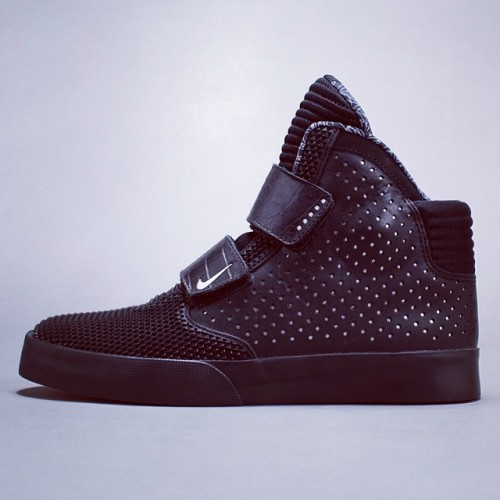 Nike Flystepper2K3 - Crescent City Collection #HDRATED