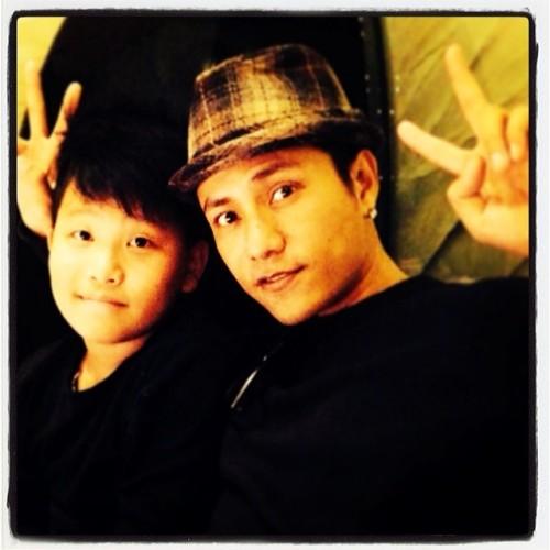 Chen Kun with son