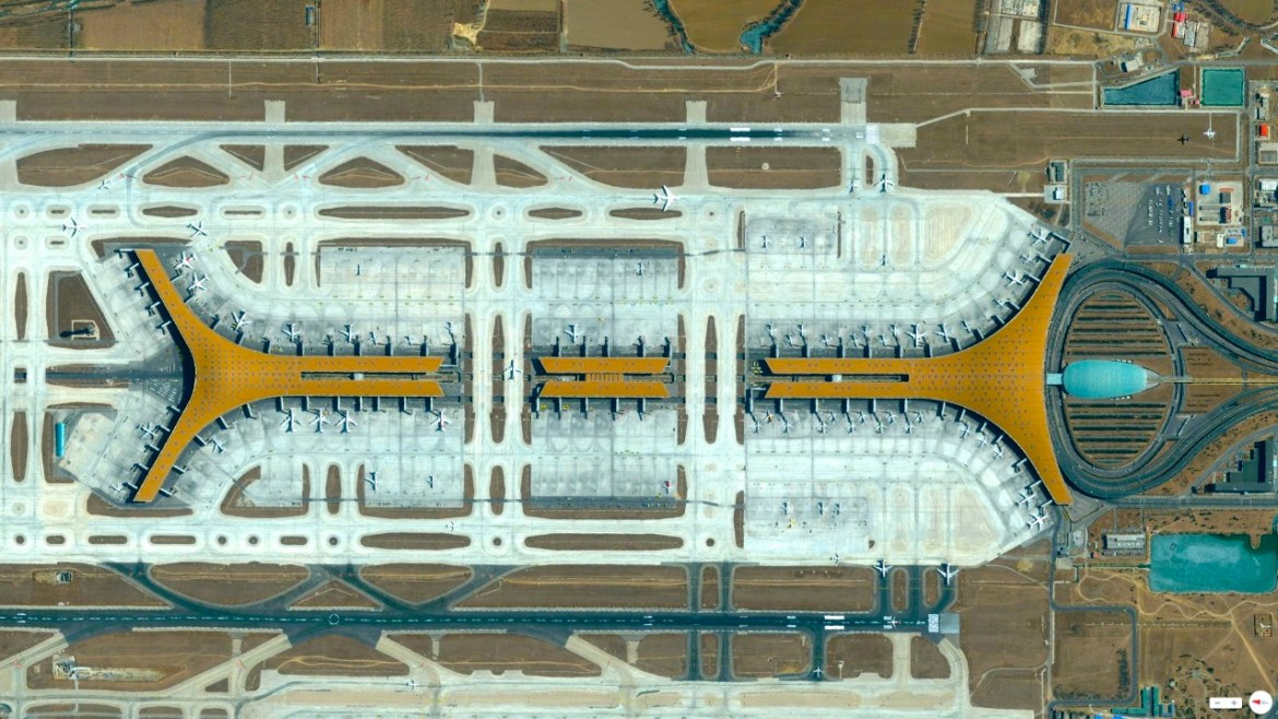 Beijing Capital International Airport Beijing, China 40°04′48″N 116°35′04″E