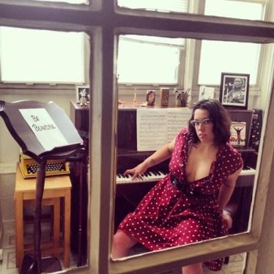 Natalie Illum at her piano