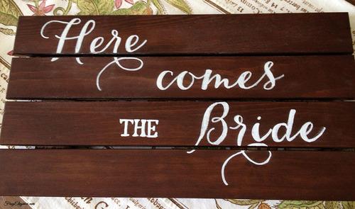 Easy To Make Wedding Signs   FrugElegance   www.frugelegance.com