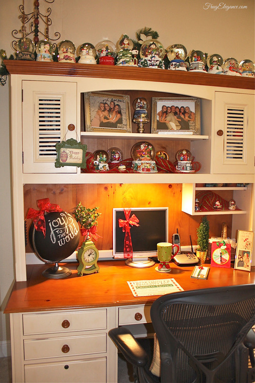 A Christmas Home Office by FrugElegance