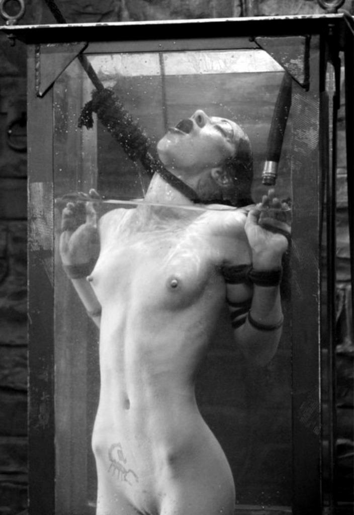 autoerotic asphyxiation noose gay site tumblr.com