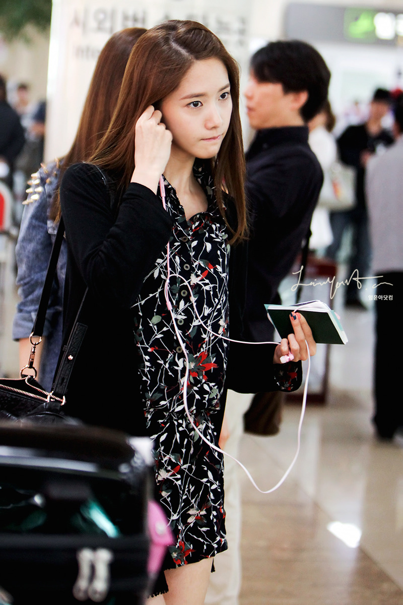 [120926] Yoona @ Airport by Limyoona