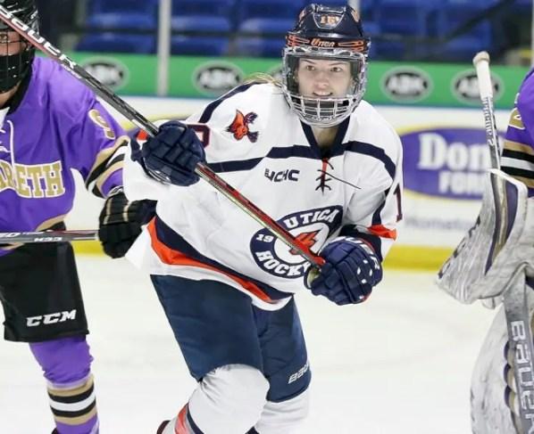 women's-hockey-demonstrates-depth-in-win-over-cortland