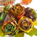 Róże z liści – jesienna dekoracja, którą warto zrobić