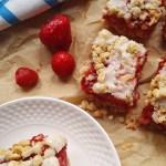 Ciasto owsiane z truskawkami – szybkie i pyszne