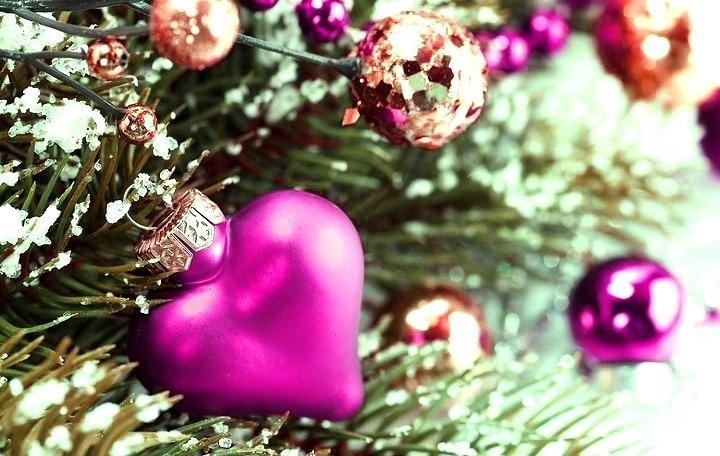 Nến_holidays_461845.jpg.
