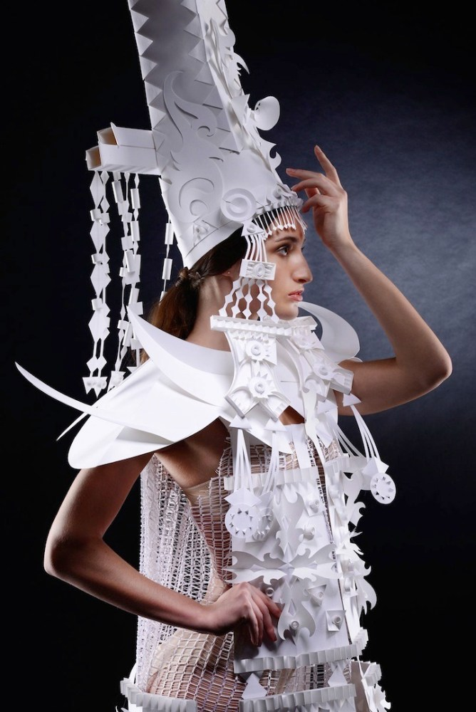 Ornate Mongolian Wedding Costumes Made Out of Paper by Asya Kozina (3/6)