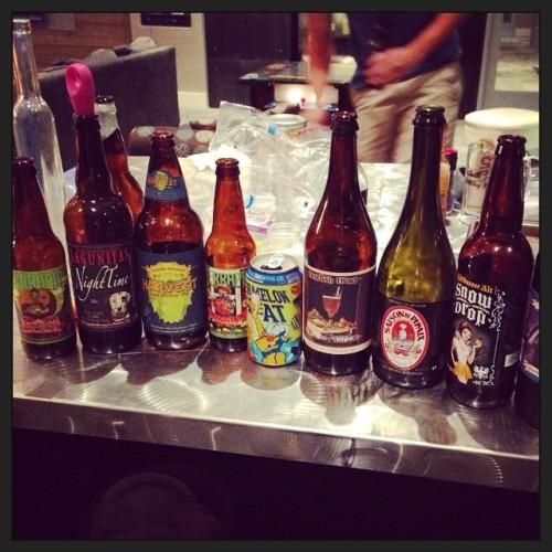 Id say we had a pretty good dinner party. DrinkandSpoon x PorchDrinking  #drinkandspoon #beer #beerporn #instabeer #craftbeer @porchdrinkingco @peoplesbrew @hornygoatbrewco @dogfishbeer @lagunitasbeer @sierranevada
