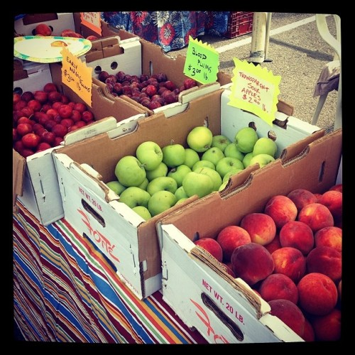 Wednesday morning farmers market! 🍎🍊🍒  #drinkandspoon #food #foodie #foodporn #instafood #summer #healthy #cooking #colorado #denver