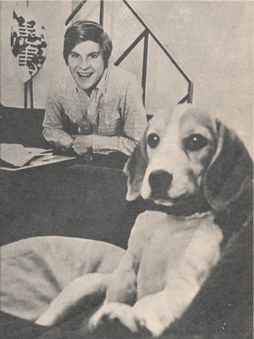 hey-carrie-anne:</p><br /><br /> <p>Jackie Magazine, November 25th, 1967<br /><br /><br />