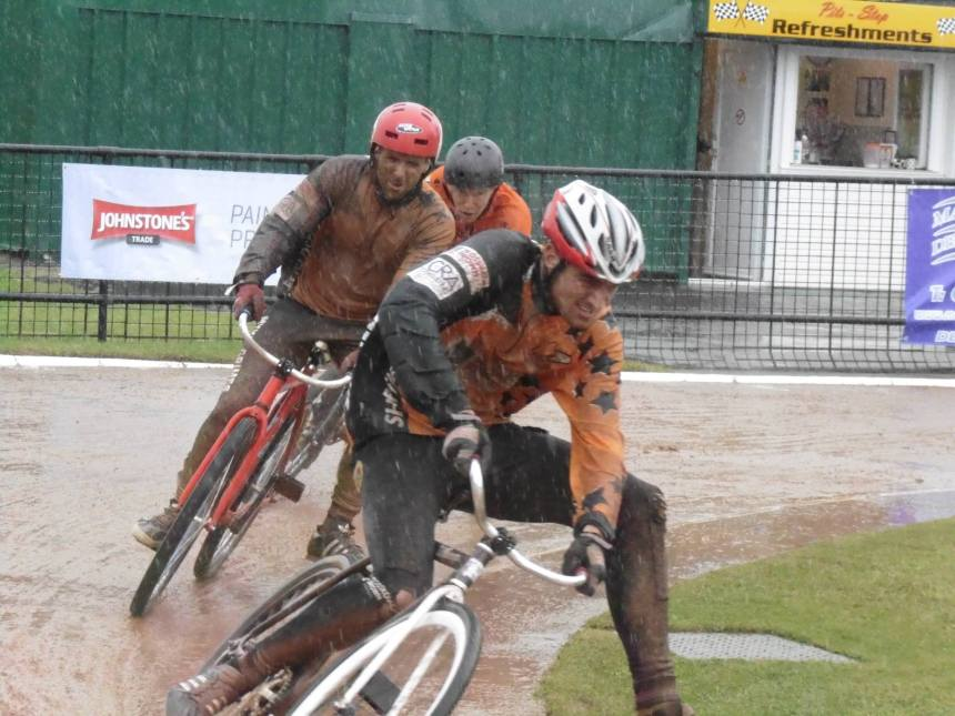 Penalty points meant team mate Kyle and I didn't stand a chance of taking home the points at a horrendously wet Wednesfield in July. This is us in our 10th race of the day after doubling up in first and second team.