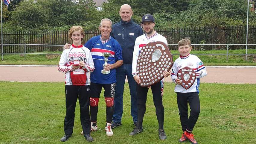 4 Midlands podium finishers at the 2017 British Individual Championships with British Cycling's Nick Yarworth.