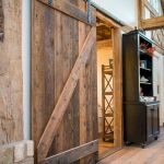 33 Fantastic Barn Door Design Ideas (22)