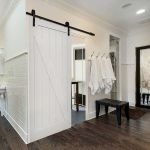 33 Fantastic Barn Door Design Ideas (24)