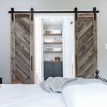 33 Fantastic Barn Door Design Ideas (36)