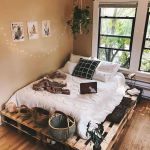 33 Ideas For Pallet Beds (36)