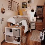 33 Ideas For Small Apartment Bedroom College (32)