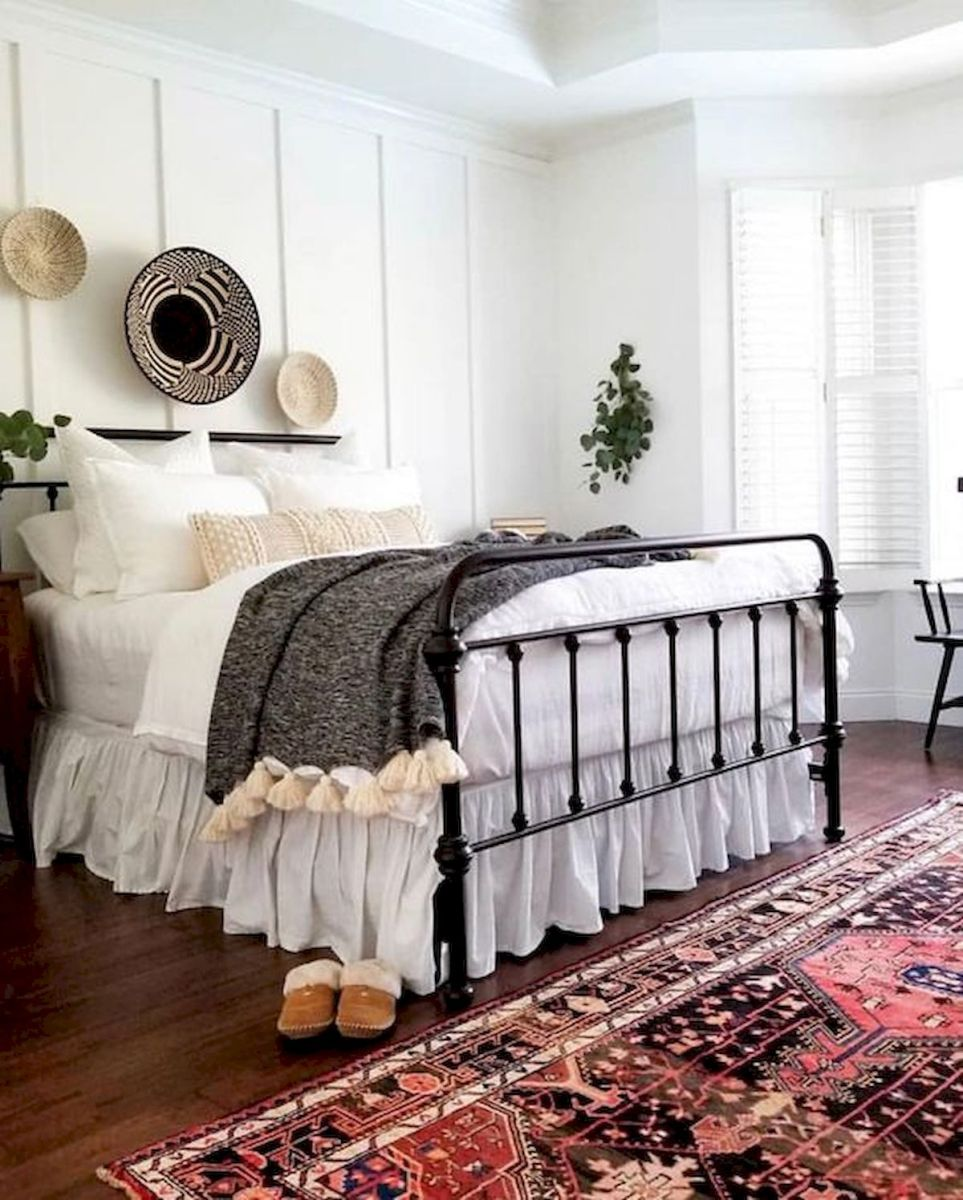 33 Adorable Farmhouse Bedroom Decor Ideas (24)