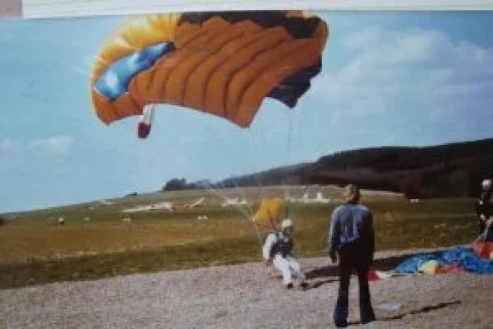 Karina Kaiser landing parachute 1970s