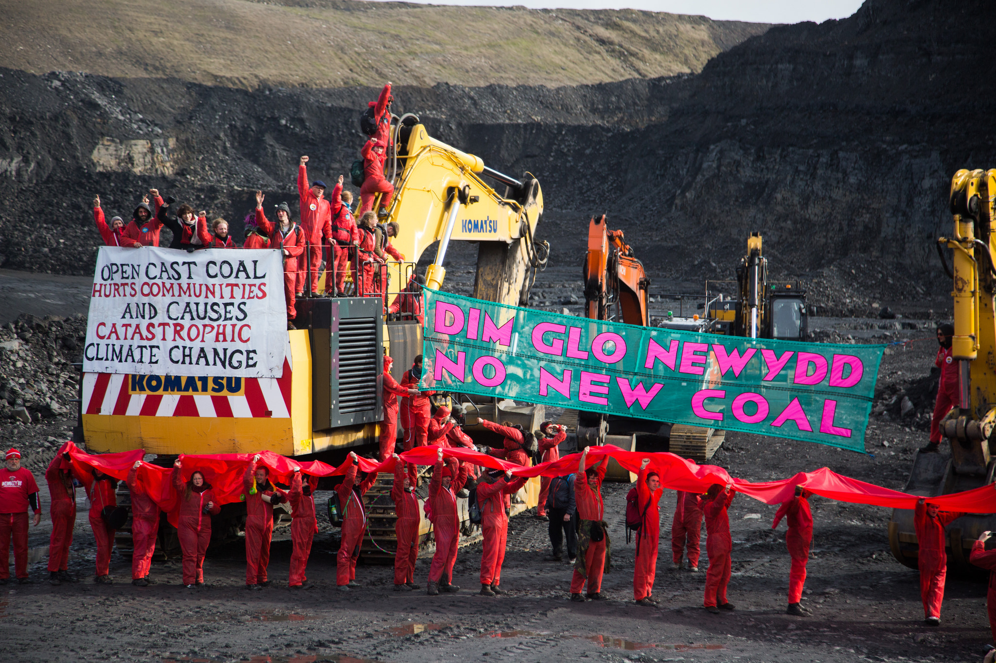 300 people shut down the UK's largest opencast coal mine Photographer: Kristian Buus