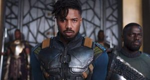De nuevo y tras un 4 semanas en cines, Black Panther lidera este fin de semana venciendo a los nuevo de Disney, Un Pliegue en el Tiempo, que logra números algo más bajos que lo previsto. Los Extraños: Cacería Nocturna supera sus estimaciones